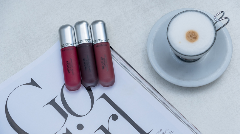 Le Fashionaire The Revlon lipsticks you need now coffee casinha boutique cafe revlon matte nude lipstick kisses revlon matte cherry lipstick passion revlon matte dark purple lipstick attirance 2977F EN 805x450
