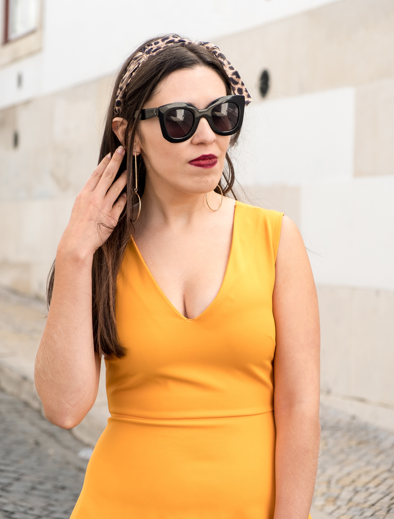 Le Fashionaire Yellow is not everyone's cup of tea dark yellow zara dress leopard head band gold long hm earrings bold celine marta black sunglasses 3361 EN 805x1059