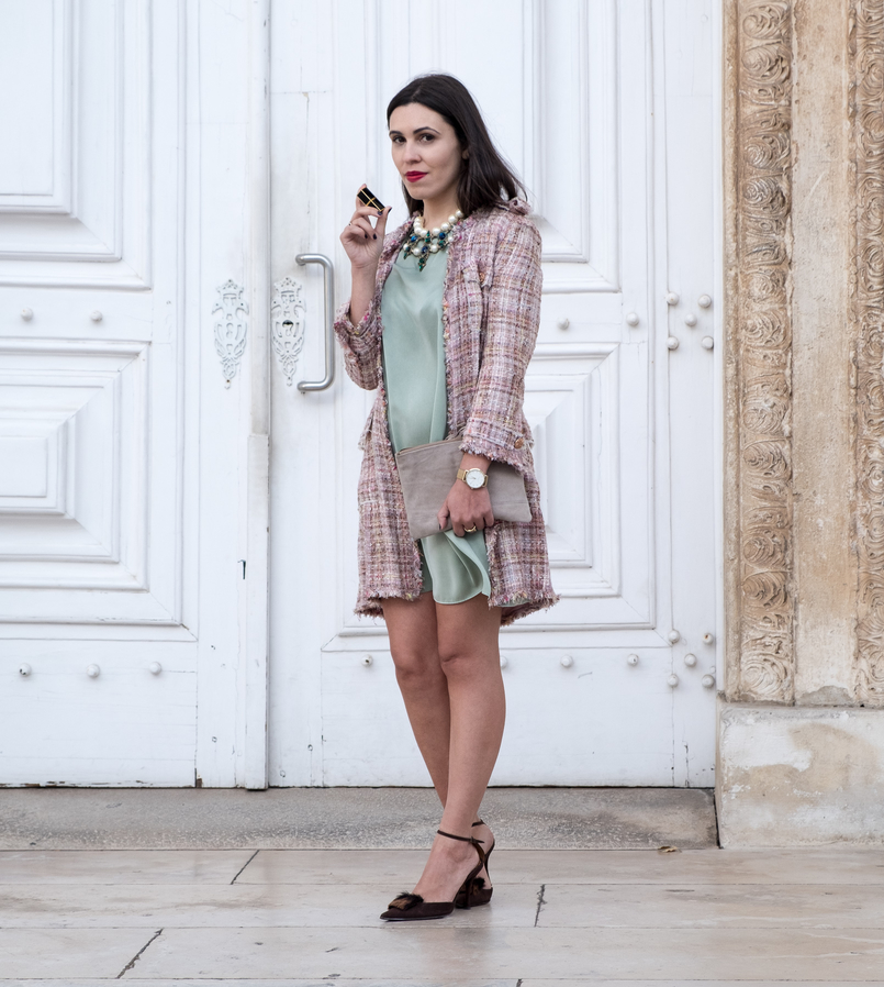 Le Fashionaire I'm hanging out with Leonardo… mint silk dress zara brown leather fur heels pearls crystal green blue bold zara necklace gold rosefield watches watch 4398 EN 805x898