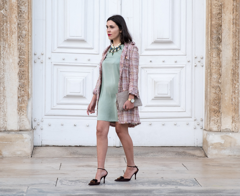 Le Fashionaire I'm hanging out with Leonardo… mint silk dress zara brown leather fur heels pearls crystal green blue bold zara necklace nude leather sfera clutch 4356 EN 805x659
