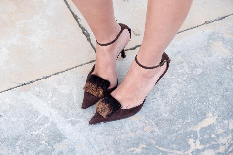 Le Fashionaire Ando a sair com o Leonardo... sapatos castanhos saltos pelinhos tom ford vermelho bordeaux leonardo batom 4364 PT 805x537