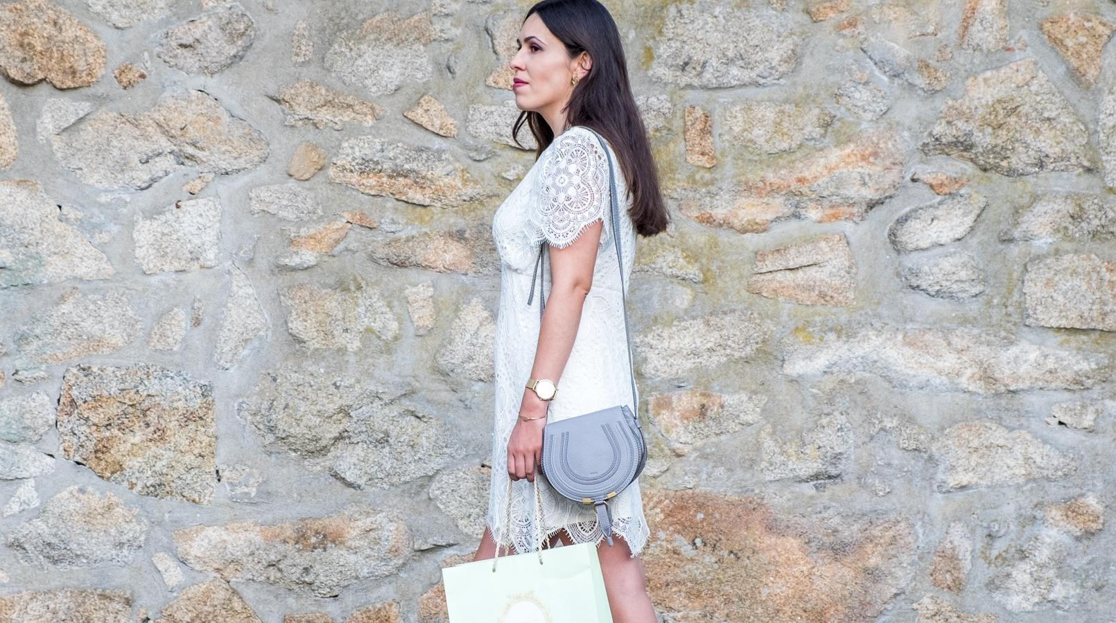 Le Fashionaire 1 year of Le Fashionaire! white lace zara dress chloe grey mini marcie leather bag flat leather nude black bow uterque sandals 2492F EN