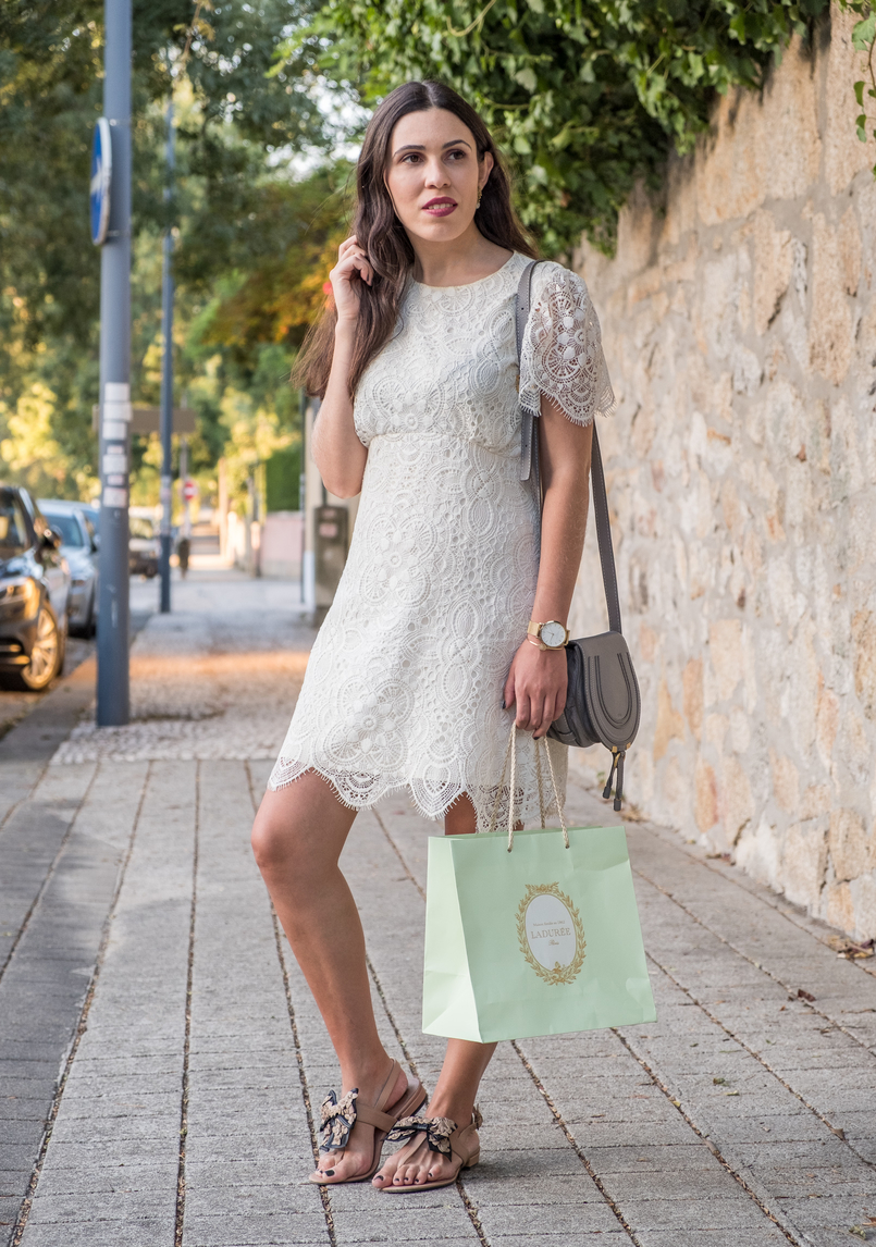 Le Fashionaire 1 year of Le Fashionaire! white lace zara dress chloe grey mini marcie leather bag flat leather nude black bow uterque sandals mint laduree shopping bag 2481 EN 805x1146
