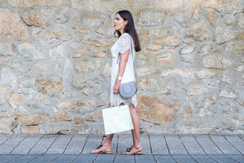 Le Fashionaire 1 year of Le Fashionaire! white lace zara dress chloe grey mini marcie leather bag flat leather nude black bow uterque sandals mint laduree shopping bag 2492 EN 805x537