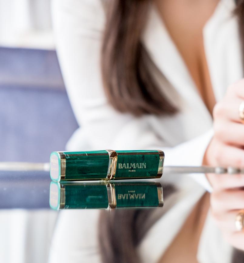 Le Fashionaire L'oréal X Balmain: Os meus 3 batons preferidos camisa branca seda zara batons loreal balmain glamazone liberation freedom roxo nude purpura 0558 PT 805x867