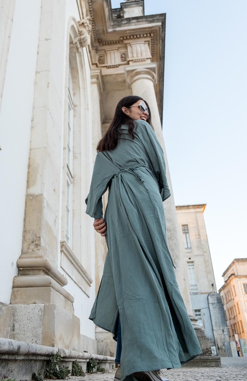 Le Fashionaire Como escolher os jeans perfeitos? casaco verde menta comprido vestido nakd 5516 PT 805x1242