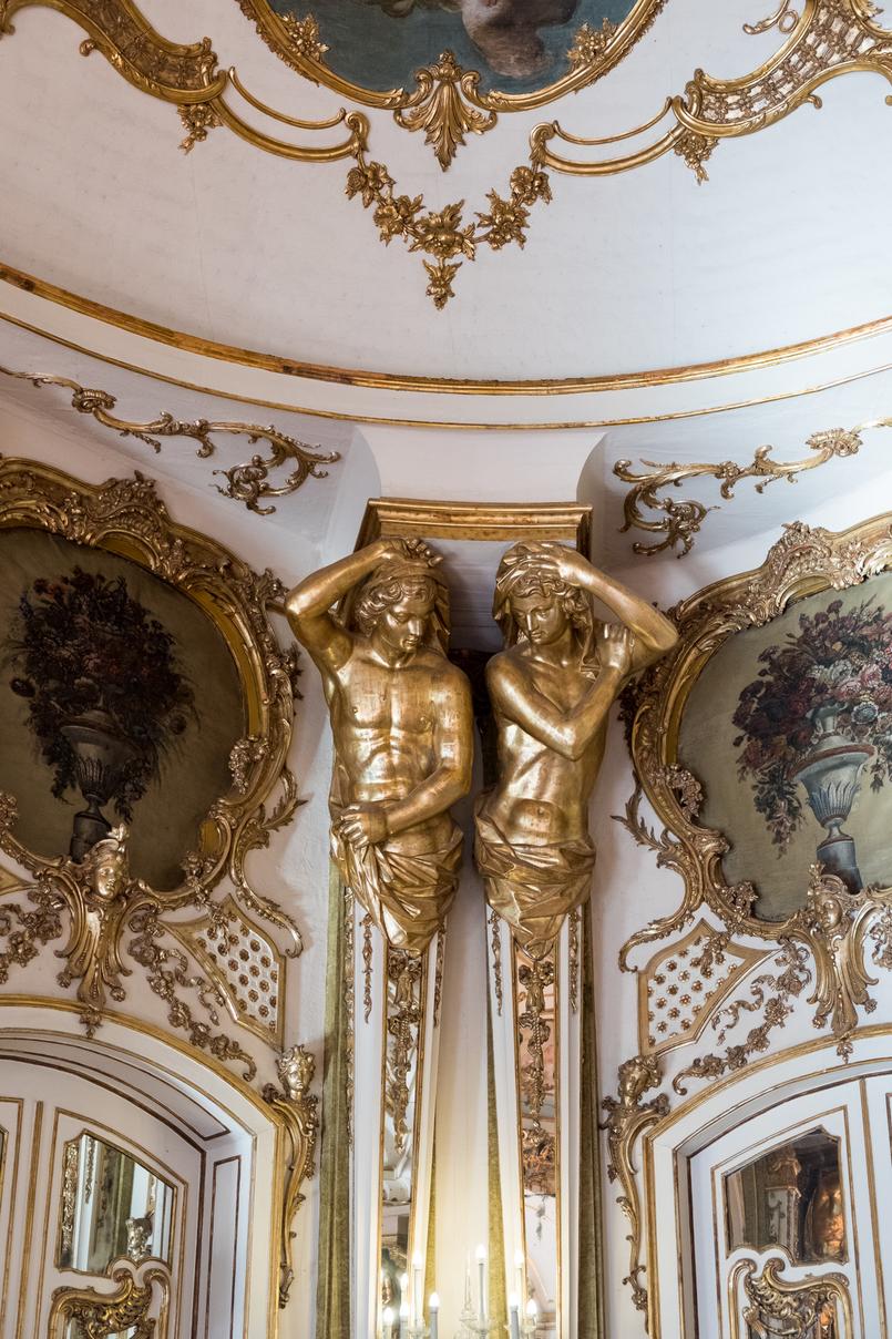 Le Fashionaire Conhecem o Palácio mais bonito do país? estatuas douradas palacio queluz salas ornamentadas 5983 PT 805x1208