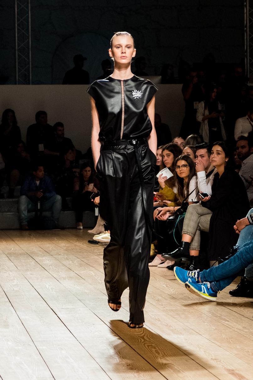 Le Fashionaire Portugal Fashion: My favorite fashion shows portugal fashion miguel vieira leather black vest trousers 8385 EN 805x1208