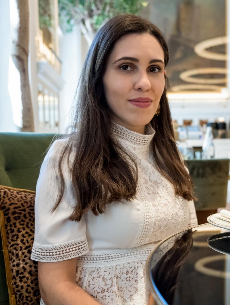 Le Fashionaire Favorite restaurant in Lisbon: JNcQUOI restaurant jncquoi lisbon white zara lace trutle neck blouse 5674 EN 805x1066