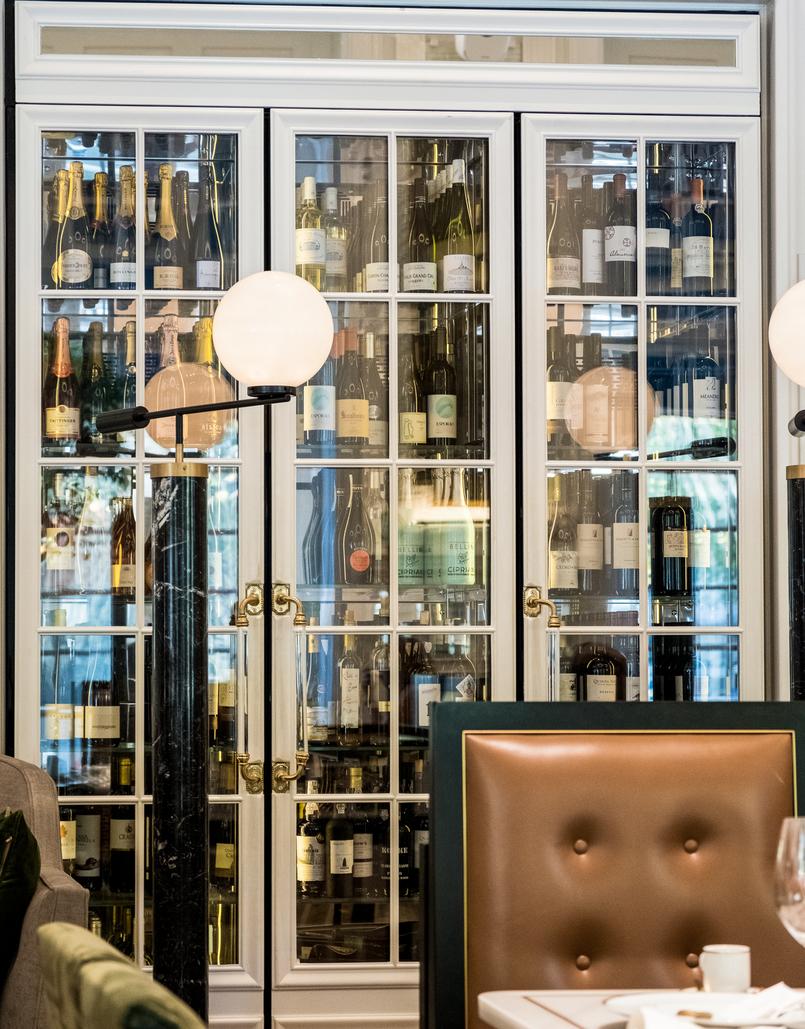 Le Fashionaire Restaurante preferido em Lisboa: JNcQUOI restaurante jncquoi lisboa movel vinhos 5692 PT 805x1029