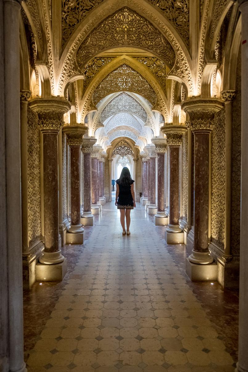 Le Fashionaire Monserrate: um palácio saído de um conto de fadas vestido preto dourado bordado mango arcos islamicos palacio monserrate 6099 PT 805x1208