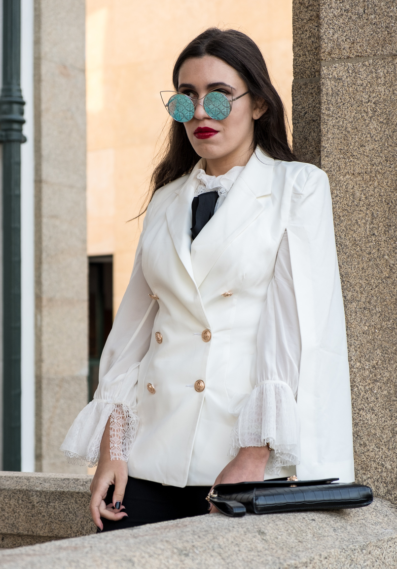 Le Fashionaire Where to shop for cool clothes? white cape gold buttons shein blazer white silk ruffles lace massimo dutti shirt mirrored sunnies cat eye 0469 EN 805x1151