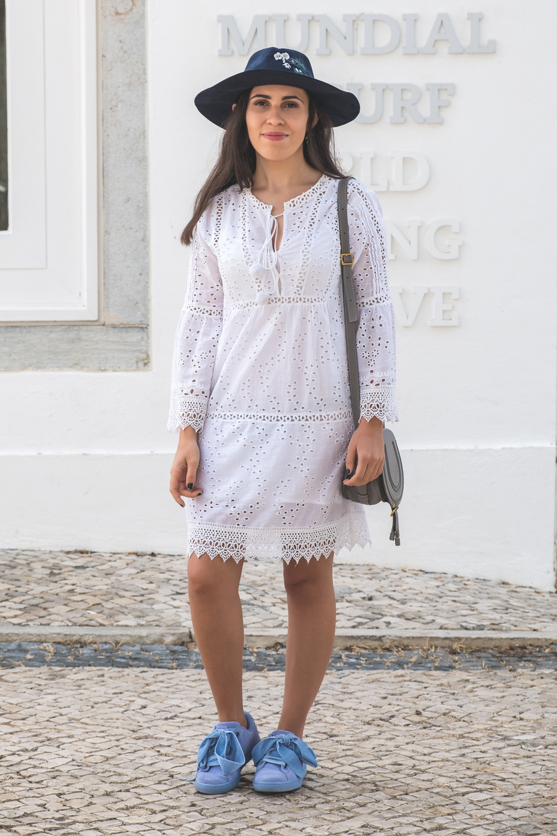 Le Fashionaire How to wear the same dress in a different way white mango pompom embroidered english dress puma suede heart lavender velvet ribbons sneakers chloe mini marcie grey leather 5579 EN 805x1208