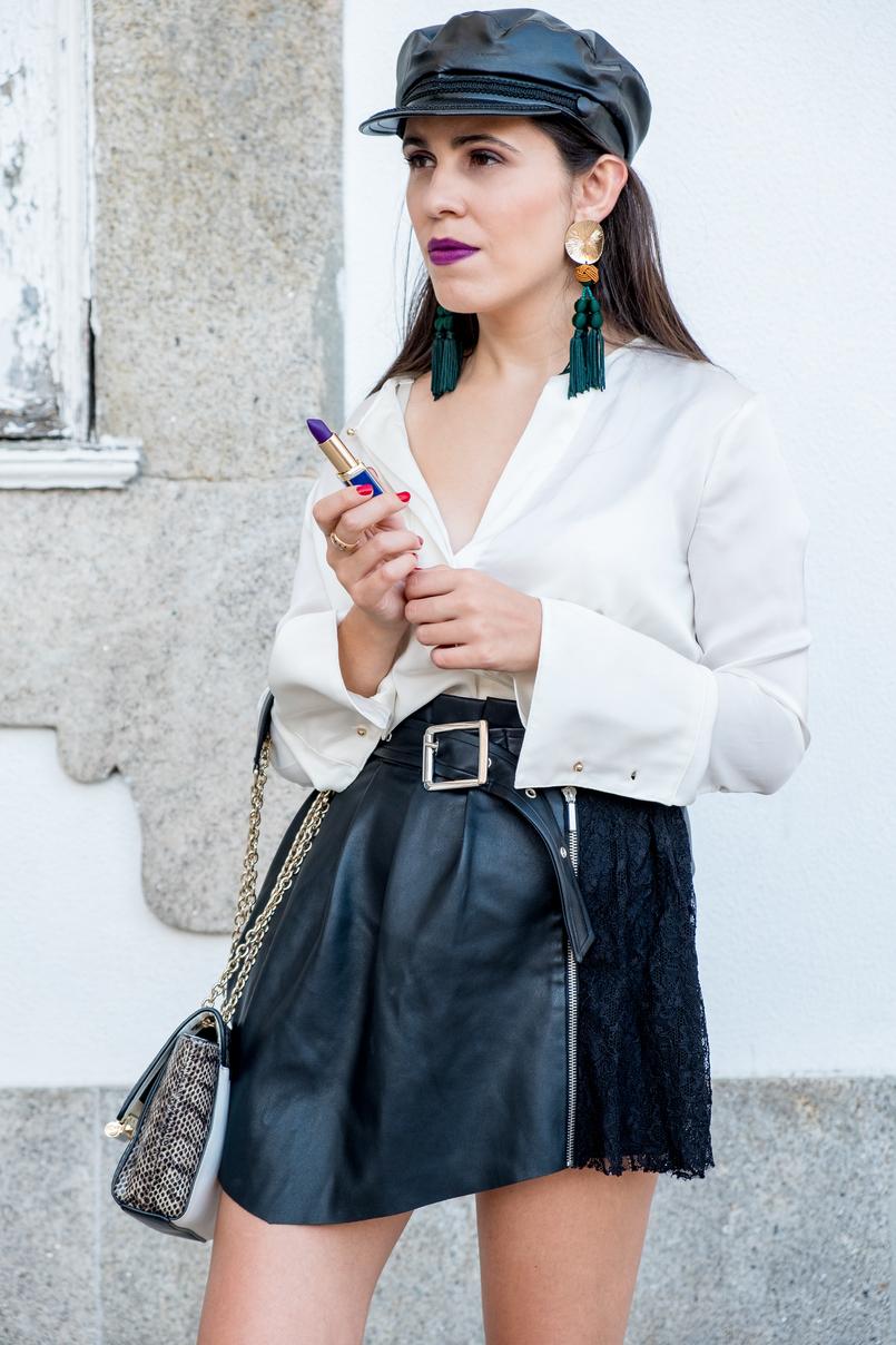 Le Fashionaire L'oréal X Balmain: my top 3 lipsticks white zara silk shirt fake leather lace black skirt white leather skin gold chains diane von furstenberg bag beret cap fake leather black zara 0585 EN 805x1208