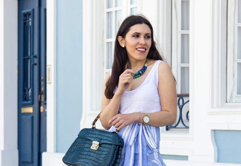 Le Fashionaire The summer skirt you can wear on fall white zara tank top fake leather crocodile blue bamboo lanidor bag stones blue turquoise parfois gold necklace gold watch rosefield watches 6865 EN 805x555