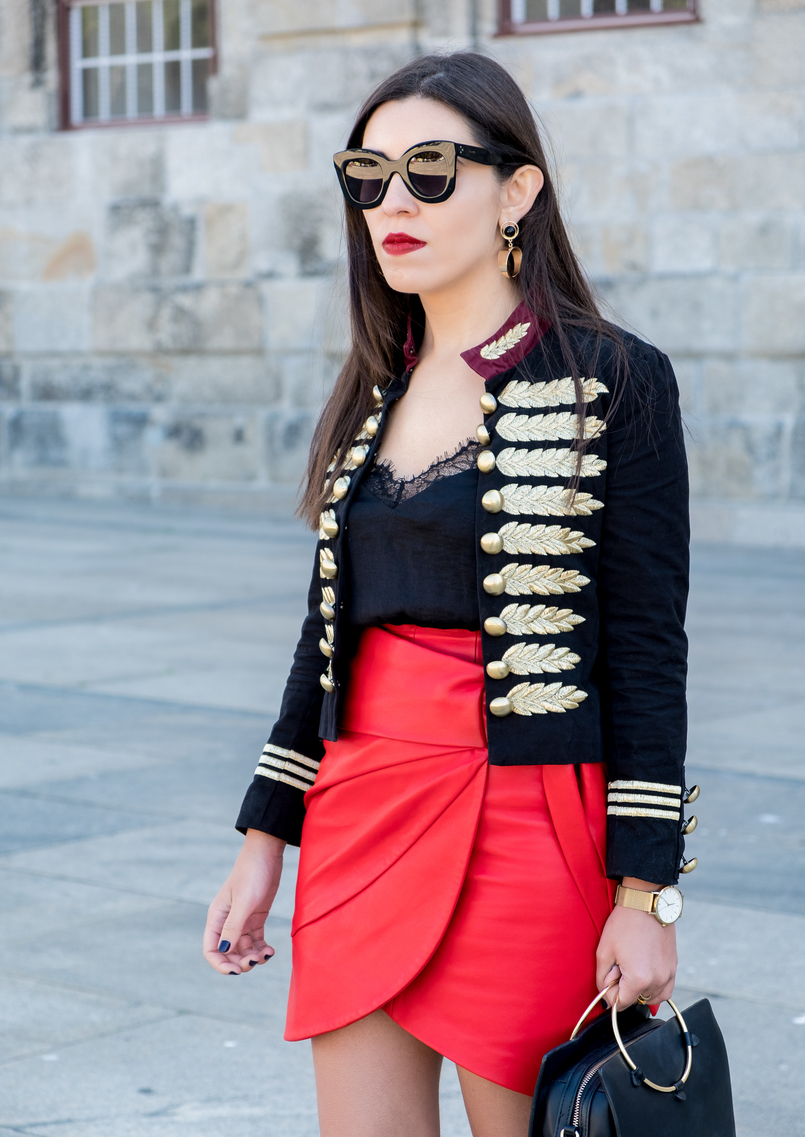 Le Fashionaire Personal: internet is an edited reality dark blue red gold embroidered buttons minusey military jacket red leather strap uterque skirt shein lace black top celine big marta black sunglasses 3711 EN 805x1137