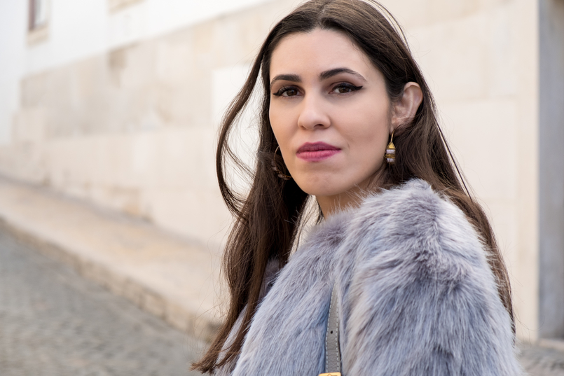 Le Fashionaire What to shop for on black friday (with discount codes) faux fur light blue bershka coat 3028 EN 805x537