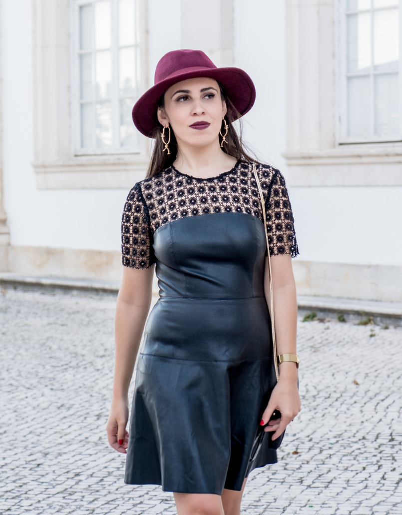 Le Fashionaire What to pair with a black fake leather dress? leather embroidered black dress lady like zara gold bold mango spikes earrings burgundy wool bow hat 0818 EN 805x1031