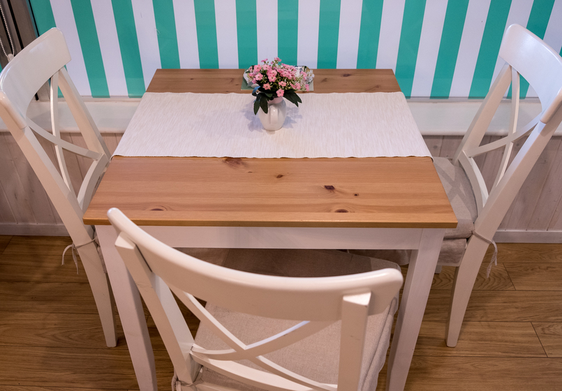 Le Fashionaire Mil Folhas: what about having a snack at a doll's house? mil folhas white mint cafe 2038 EN 805x561