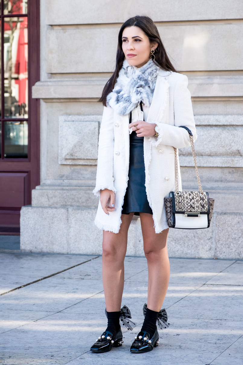 Le Fashionaire Where to find cool socks for fall? white tweed coat pearls buttons zara fur grey white sfera stole black big bow dots calzedonia socks vinil pearls shein black gold shoes 1866 EN 805x1208