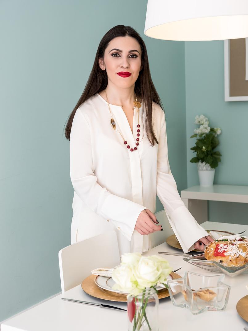 Le Fashionaire Sugestões de presentes de natal: Jóias camisa branca seda zara filigrana coracao pedras vermelhas colar 4108 PT 805x1076