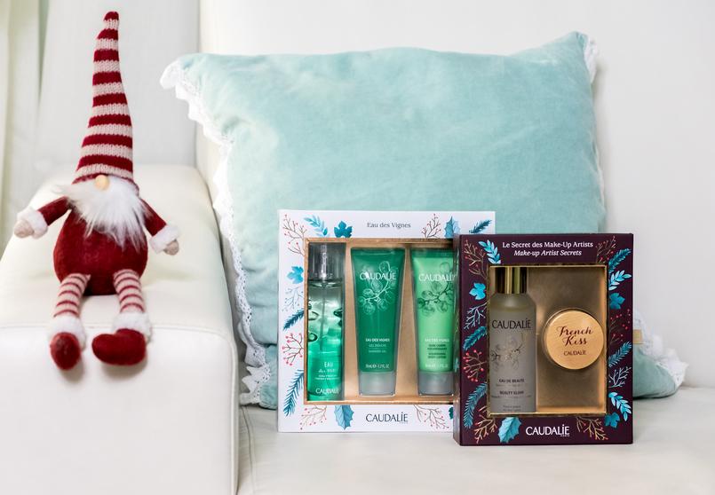 Le Fashionaire Christmas gifts for the women of your life caudalie eau des vignes green products coffret eau de beaute bottle water lip balm french kiss wood 4060 EN 805x558