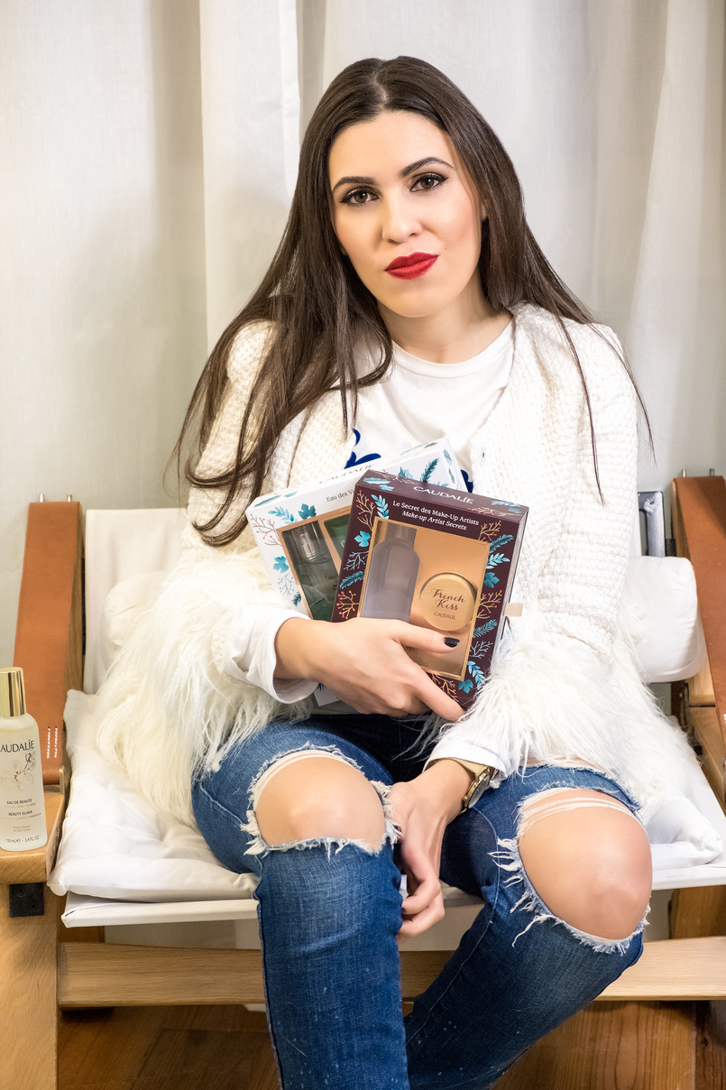 Le Fashionaire Christmas gifts for the women of your life caudalie eau des vignes green products coffret lip balm french kiss wood white feathers shein jacket denim ripped zara jeans 4032 EN 805x1208