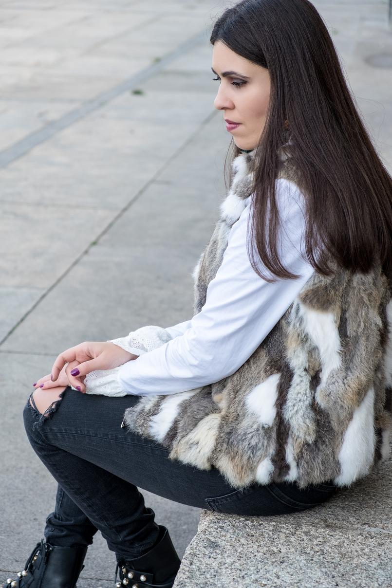 Le Fashionaire Na vida esforço não é sinónimo de sucesso colete pelos castanho branco calcas cinzento escuro rasgoes zara camisa branca algodao folhos bordado ingles uterque 3122 PT 805x1208