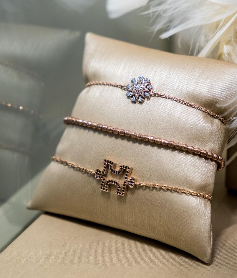 Le Fashionaire Eugénio Campos: as jóias que contam histórias eugenio campos joias loja pulseira puzzle floco neve dorado preto 3993 PT 805x946