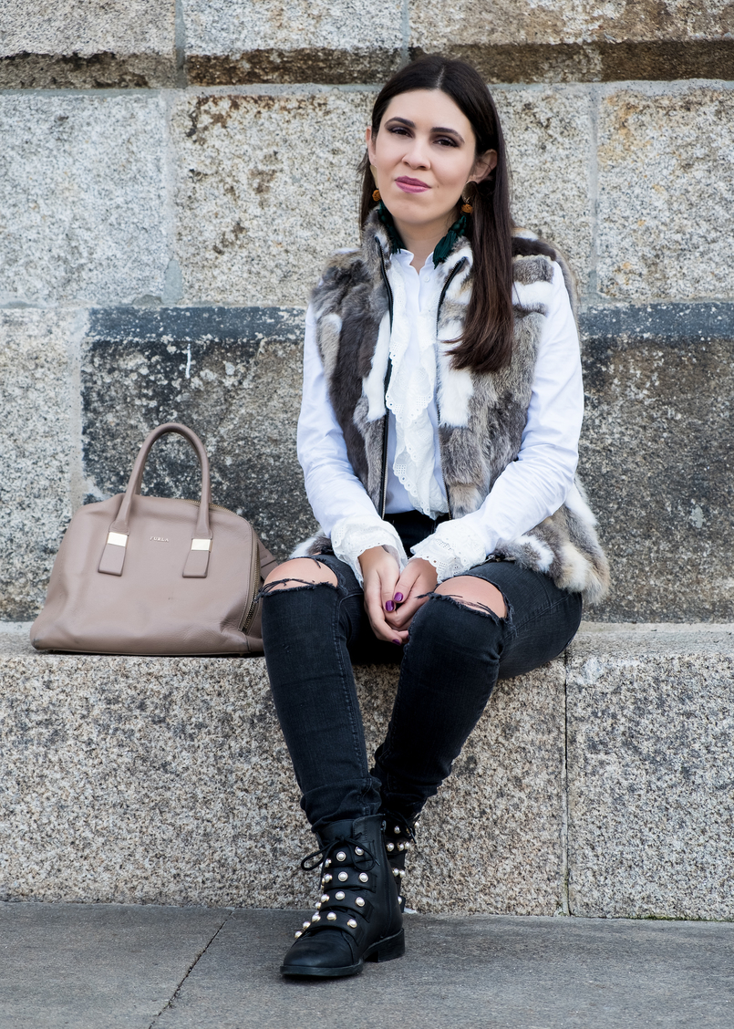 Le Fashionaire Effort doesn't always equals to success fur white brown vest dark grey ripped zara jeans black leather white pearls zara boots nude leather bag furla 3103 EN 805x1128