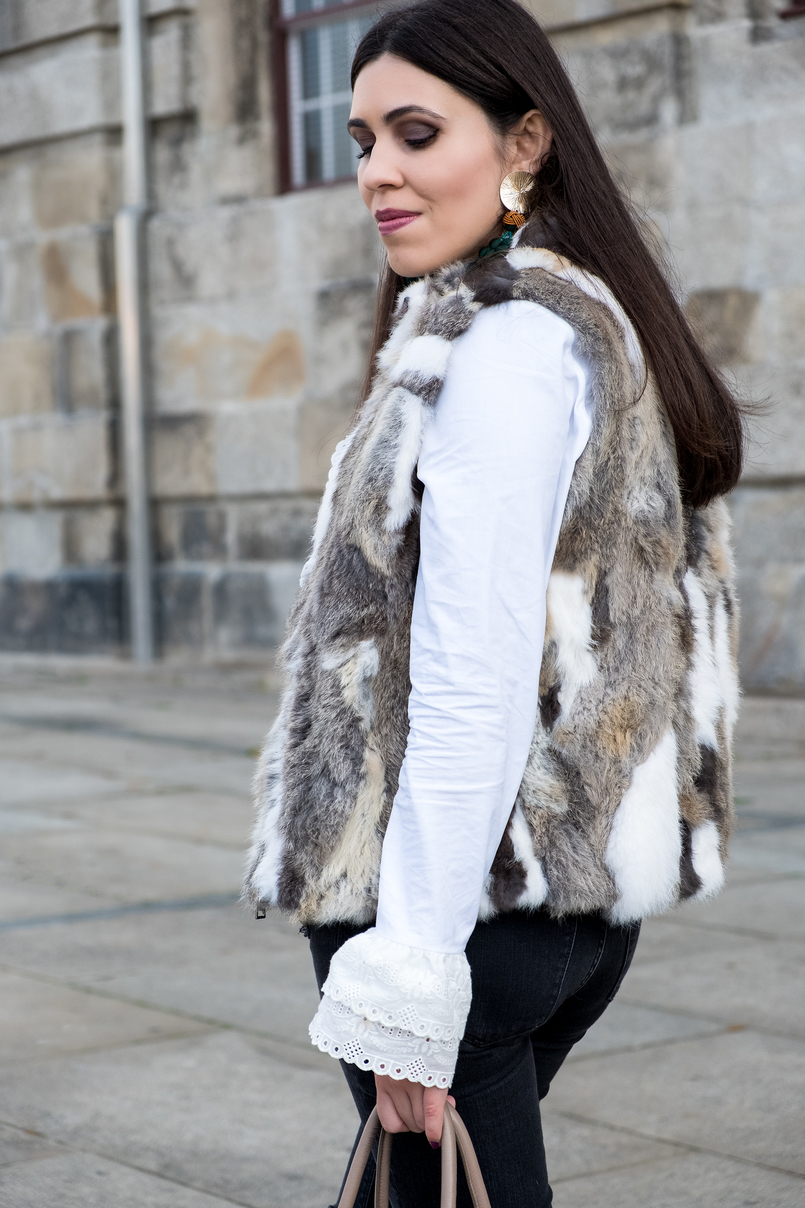 Le Fashionaire Effort doesn't always equals to success fur white brown vest white cotton swiss embroidered ruffles uterque shirt gold green bold tassels zara earrings 3088 EN 805x1208