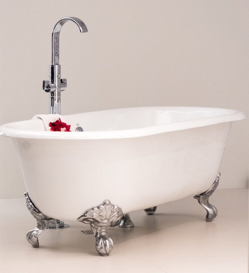 Le Fashionaire Encontrei o Cristal no coração do Porto hotel cristal porto banheira estilo vitoriana espuma branca flores vermelhas 3701 PT 805x880