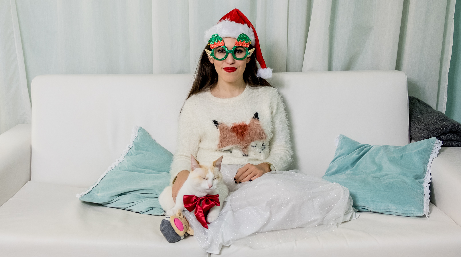 Le Fashionaire Merry Christmas my loves! kiko cute kitty cat silk bow white fluffy fox jumper zara kids green glasses 4555F EN
