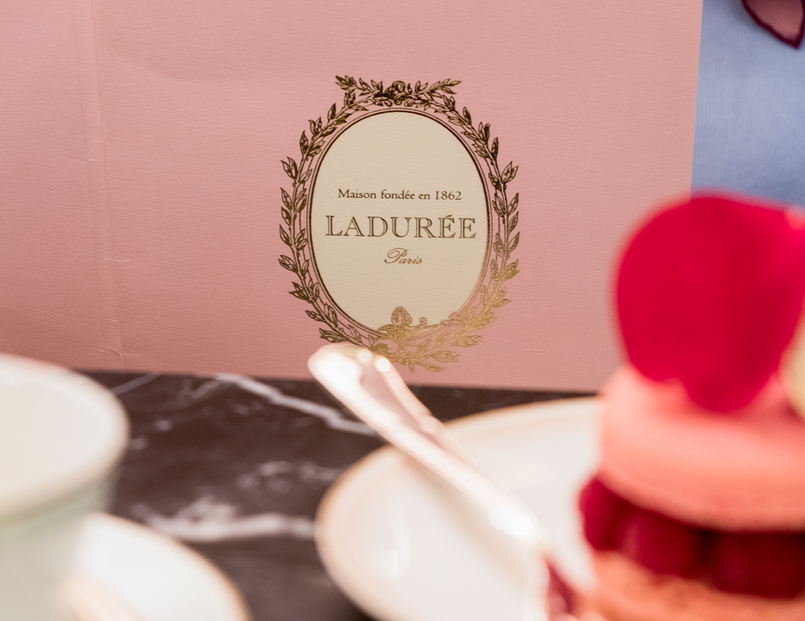 Le Fashionaire Ladurée in Lisbon: the tea room you need to know macarons pink orange brown chocolate passionfruit rose petals 5304 EN 805x621