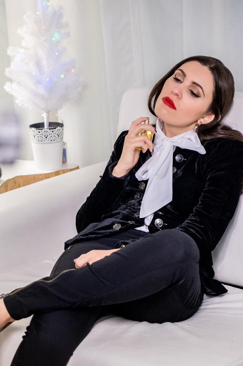 Le Fashionaire Os 4 melhores perfumes para oferecer este natal perfume labios vermelhos camisa branca laco grande globe dourado gabrielle chanel 5008 PT 805x1208