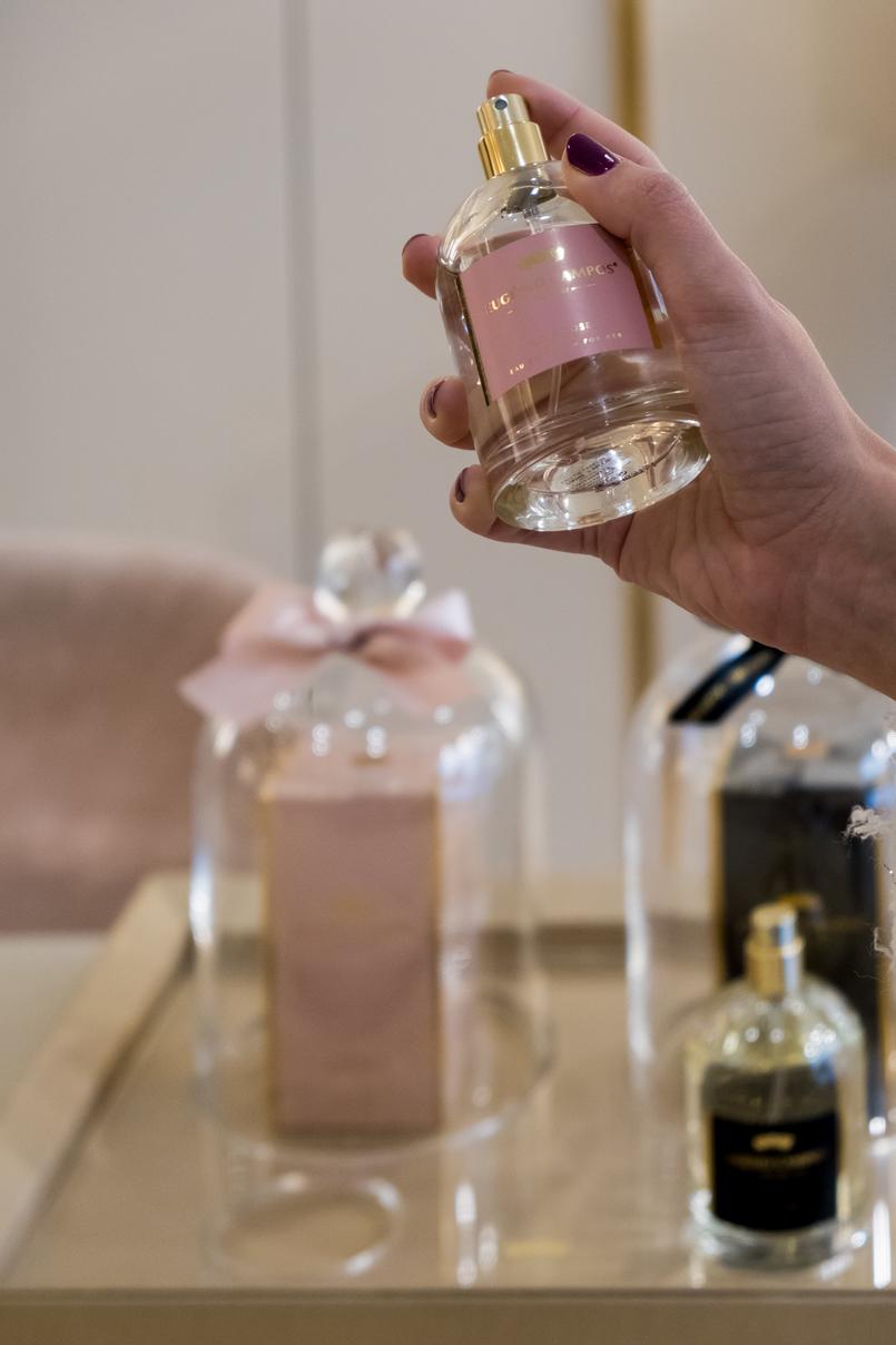Le Fashionaire Eugénio Campos: as jóias que contam histórias perfume rosa eugenio campos eugenio campos joias loja 3982 PT 805x1208
