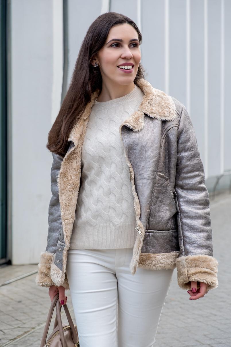 Le Fashionaire Somos demasiado influenciados pelo instagram? camisola oitos bege caxemira mango calcas brancas zara 5402 PT 805x1208