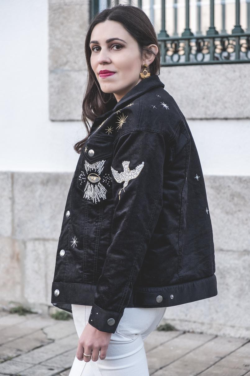 Le Fashionaire O casaco mais giro dos saldos casaco preto bombazine bordado estrelas dourado lua hm calcas skinny brancas mango anel dourado evangelos jewelry 7319 PT 805x1208