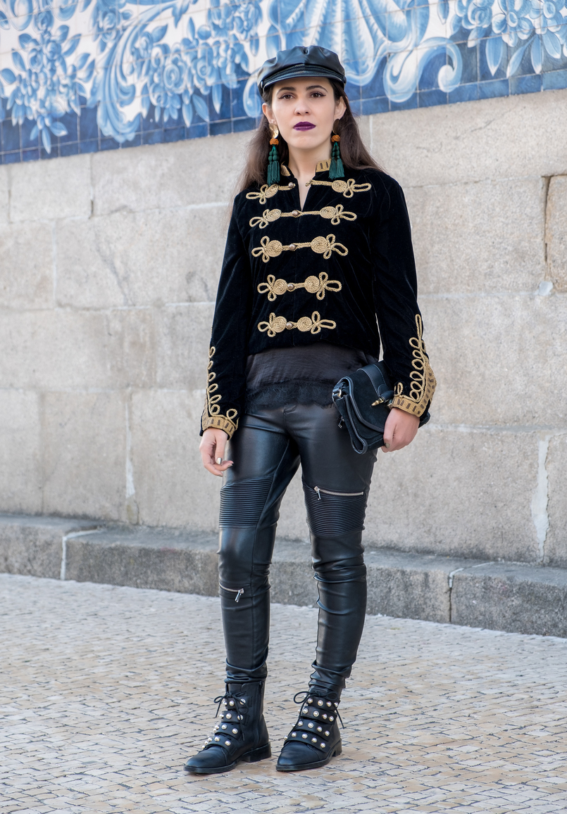 Le Fashionaire Where to buy cool military jackets? military black velvet gold embroidered zara jacket black fake leather biker trousers zara black leather zara boots white pearls 2152 EN 805x1157