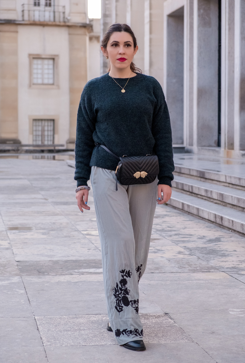 Le Fashionaire Belt bags trend: Yay or nay? mint velvet embroidered flowers zara trousers mohair dark green hm knit world map gold cinco necklace gold lions black zara belt bag 8174 EN 805x1190