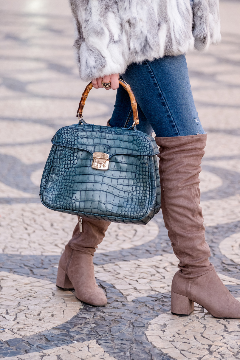 Le Fashionaire Brooches: are them an old women accessory? fur white gray sfera coat stradivarius jeans over knee gray suede bershka boots bamboo fake leather blue croc lanidor bag 1140 EN 805x1208