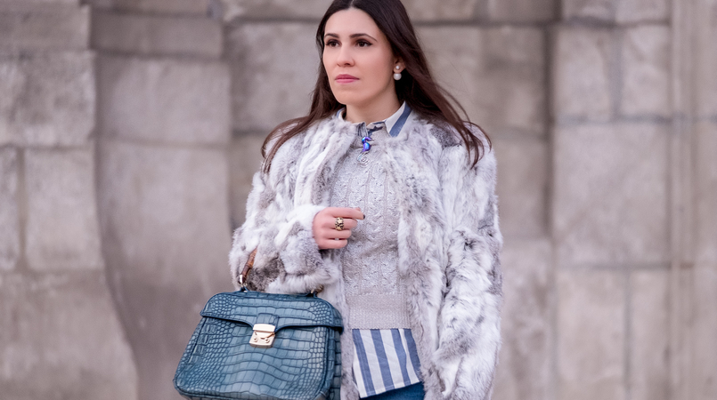 Le Fashionaire Brooches: are them an old women accessory? fur white gray sfera coat stripes light blue white new look shirt seahorse blue swarovski crystal brooch bamboo fake leather blue croc lanidor bag 1115F EN 805x450