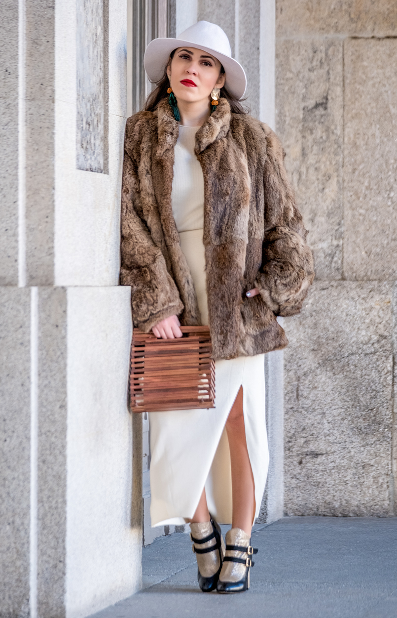 Le Fashionaire Dário Madeira: from the tragedy the most beautiful story of shoes was born gold black boots dario madeira faux fur oversized brown coat white wool alain manoukian maxi skirt handmade wood bag zara brown 0641 EN 805x1251