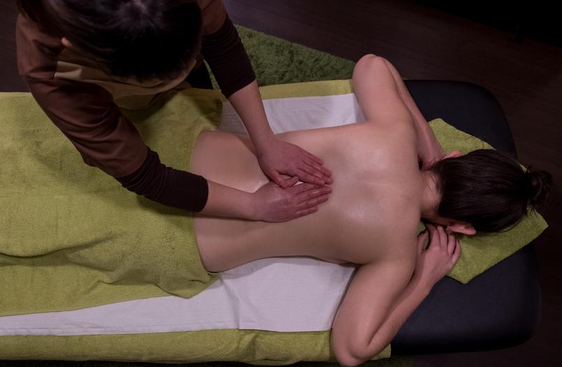 Le Fashionaire Indigo Spa: onde relaxar é a palavra de ordem indigo spa coimbra massagem geotermal pedras quentes marquesa verde alface catarine martins 1570 PT 805x525