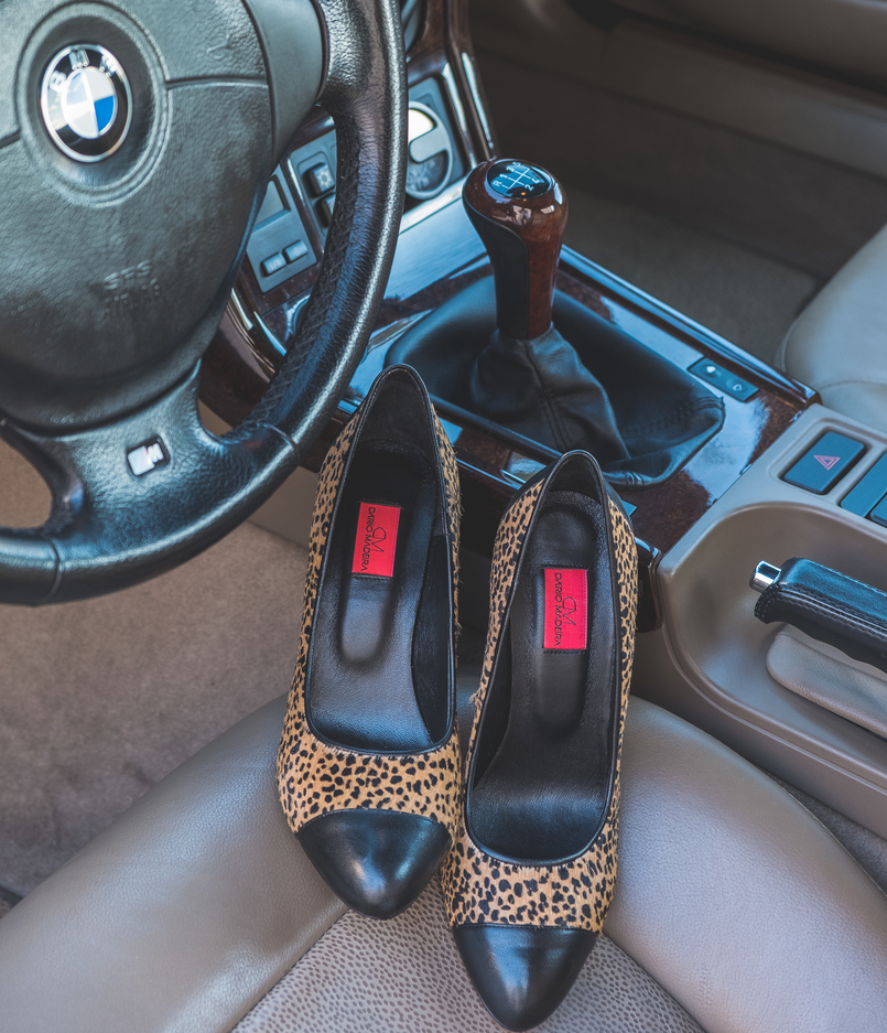 Le Fashionaire Giveaway: enter and win a pair of Dário Madeira leather shoes leopard dario madeira leather fur shoes bmw z3 0211 EN 805x937