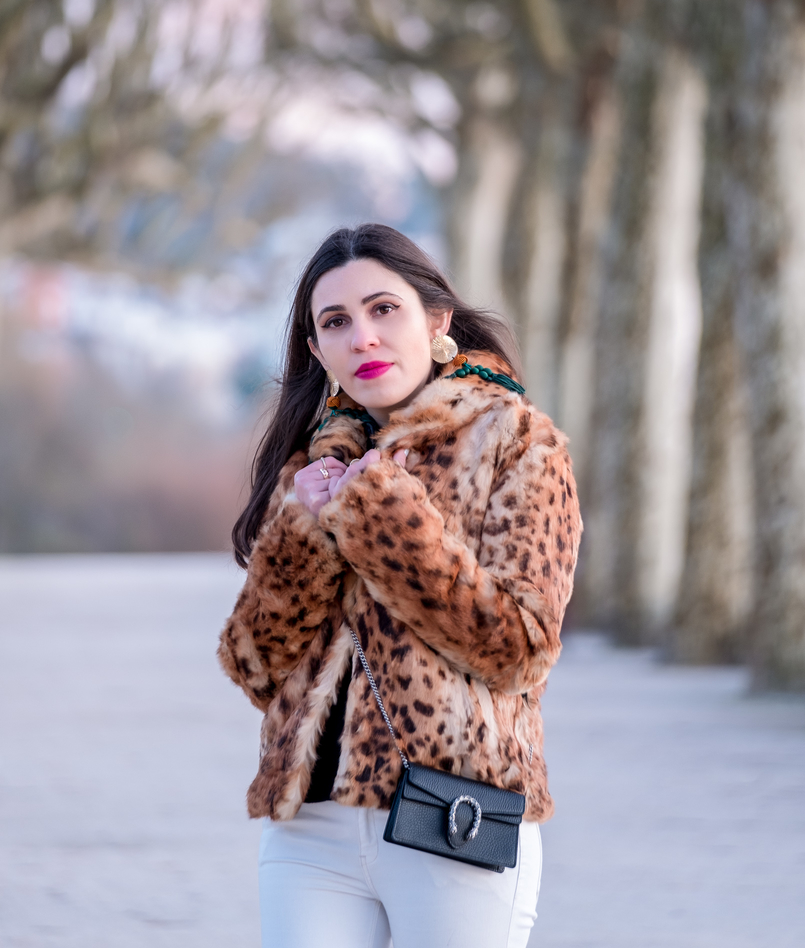 Le Fashionaire 3 tips to be happier in life leopard fur brown black morgan coat gucci mini dionysus black leather bag gold bold green tassels zara earrings 0350 EN 805x948