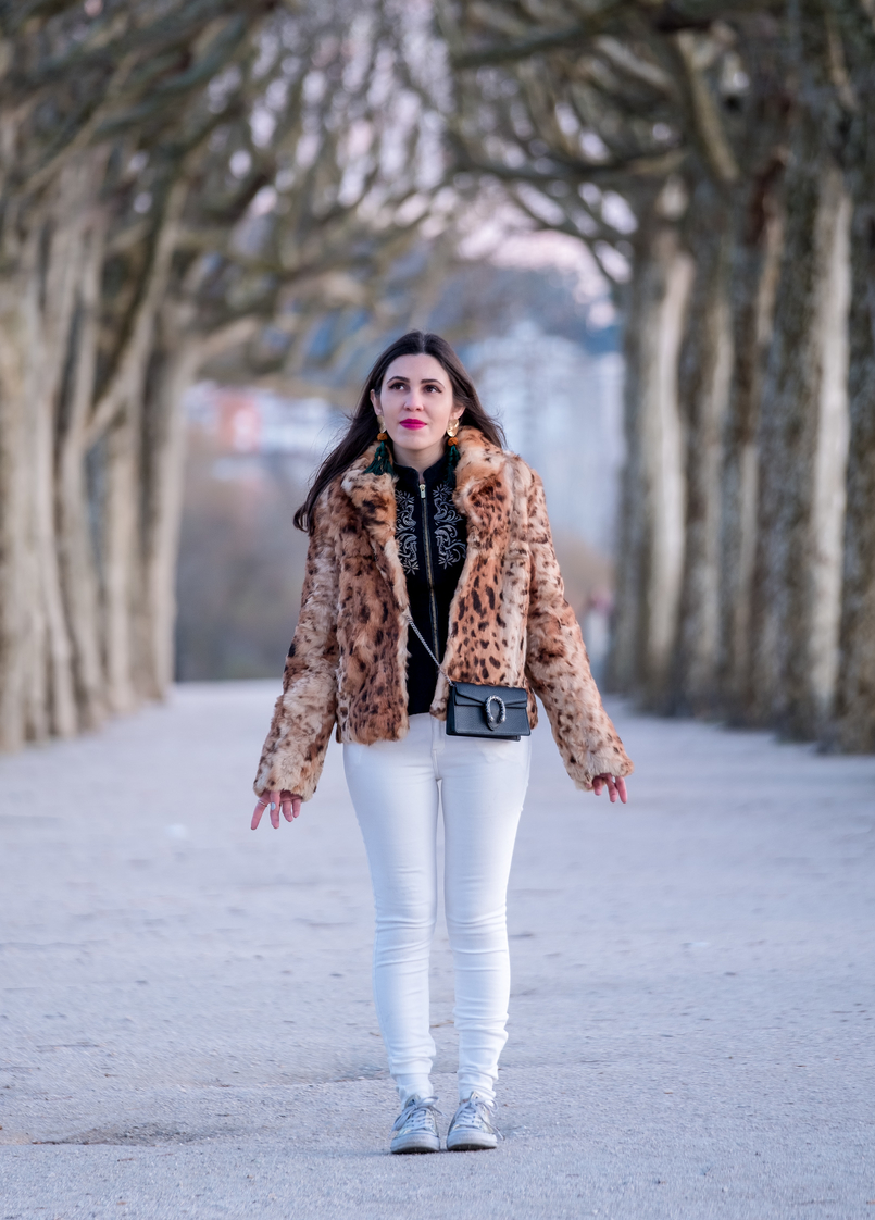 Le Fashionaire 3 tips to be happier in life leopard fur brown black morgan coat gucci mini dionysus black leather bag leopard fur brown black morgan coat gold bold green tassels zara earrings 0333 EN 805x1122