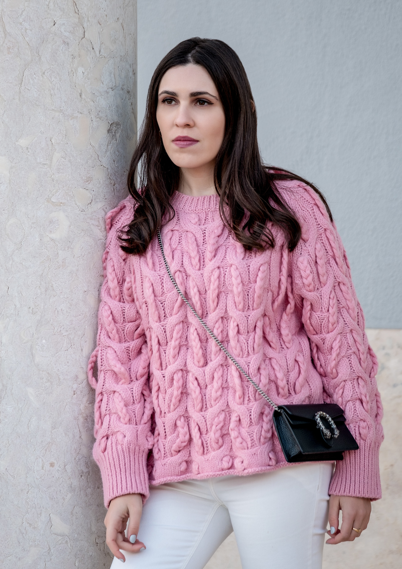 Le Fashionaire Is fashion cyclical or is it a spiral? pink zara cable knit sweater white mango trousers gucci mini dionysus leather bag 9709 EN 805x1138