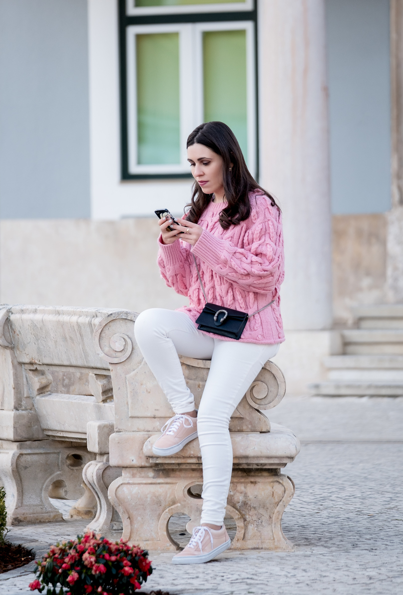 Le Fashionaire Is fashion cyclical or is it a spiral? pink zara cable knit sweater white mango trousers gucci mini dionysus leather bag pale pink gold dots suede sneakers vans 9740 EN 805x1187