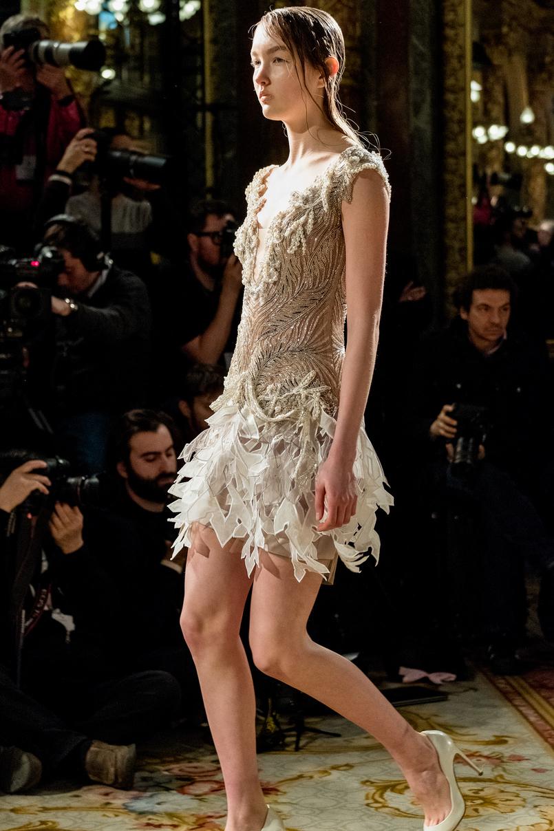 Le Fashionaire O que usei e como foi o desfile do Valentin Yudashkin desfile valentin yudashkin inspiracao moscovo branco 4272 PT 805x1208